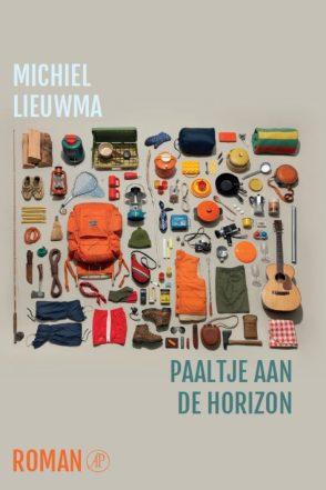 cropped-lieuwma_paaltje-aan-de-horizon.jpg